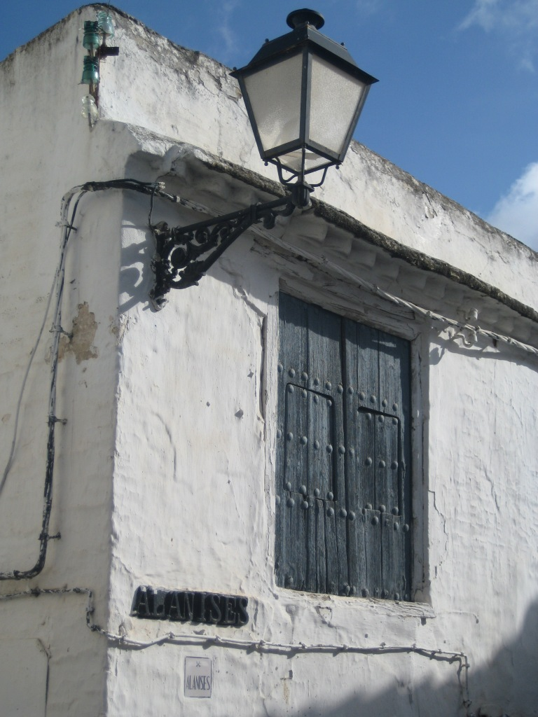 Imagen de una calle de Cádiz