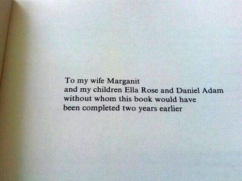 Imagen de dedicatoria de un libro